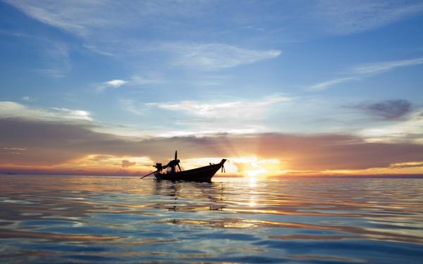 ченслер достиг большого залива в котором заметил несколько рыбачьих лодок